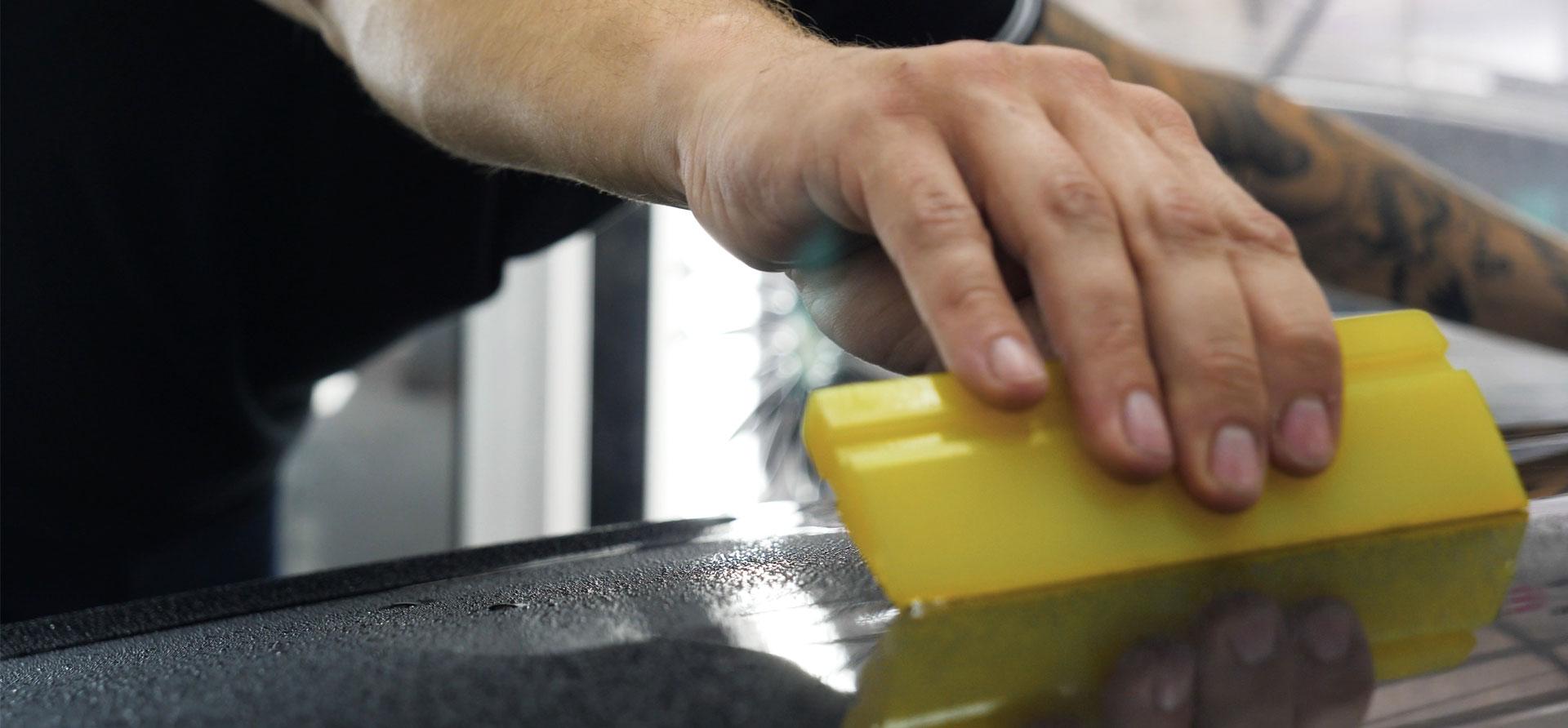 Foliert lakkbeskyttelse gir din bil et lengre liv, og en høyere gjensalgspris